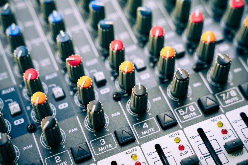 ¿Qué necesitas para armar el mejor equipo de DJ? 1